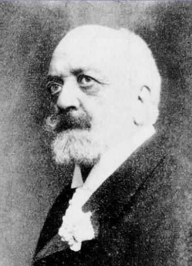 Julio de Saracibar